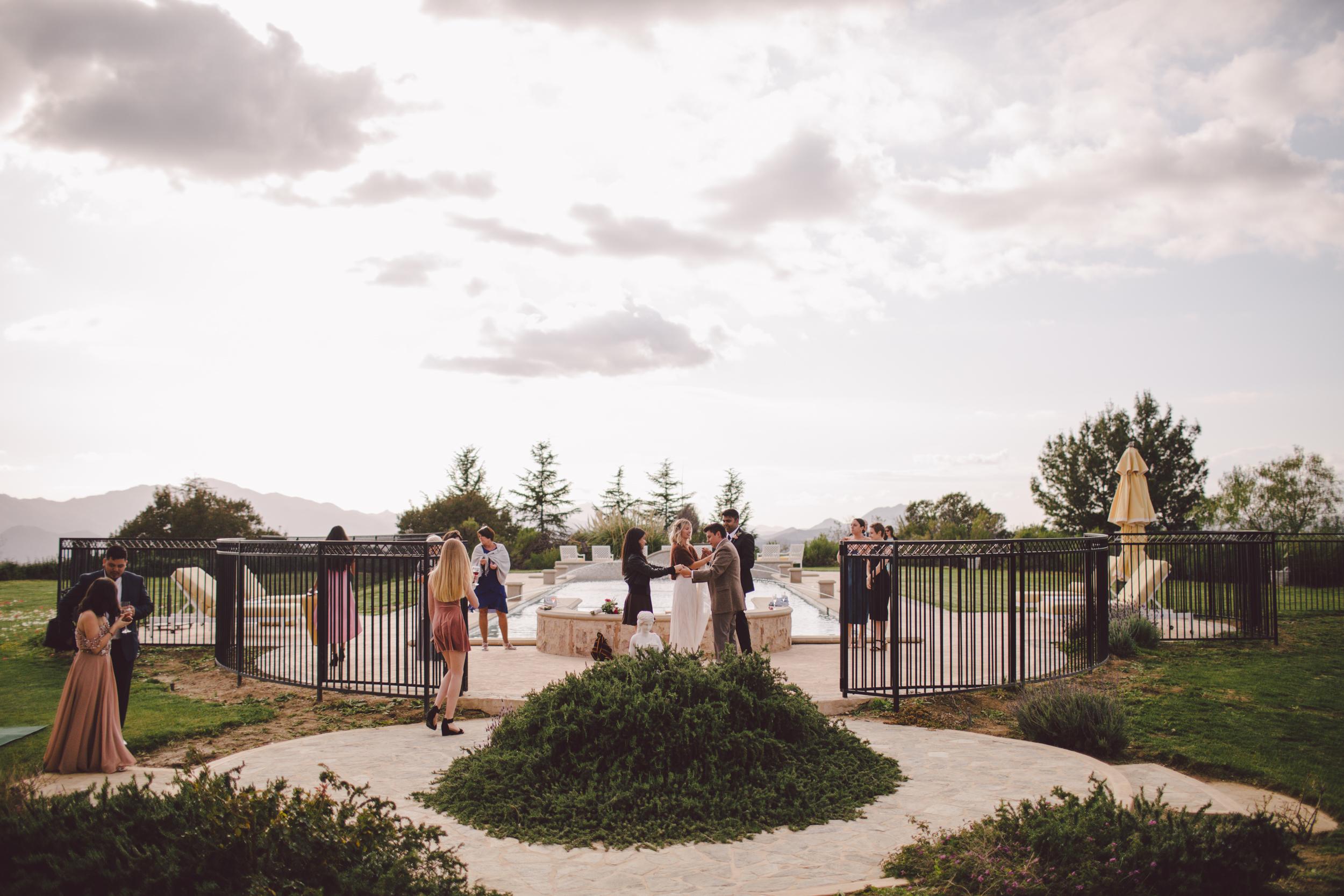 calabasas-private house-wedding-boho