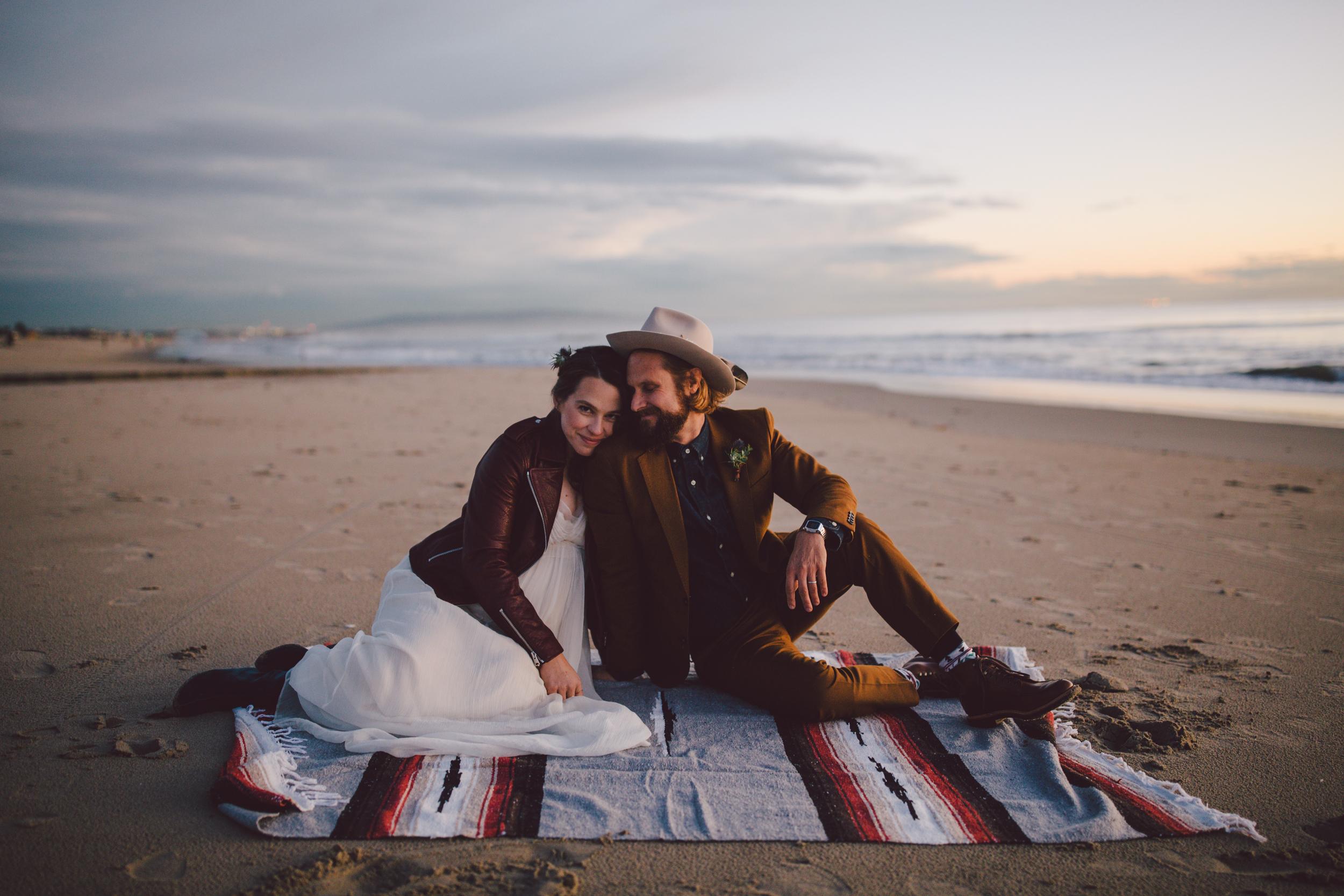 venice beach elopement shotgun wedding intimate boho