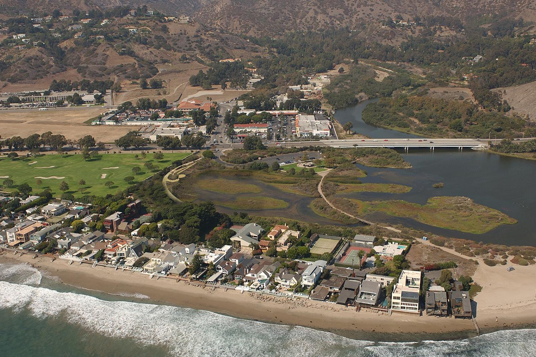 0-bunch-design-malibu-lagoon-Aerial Perspective copy1.jpg