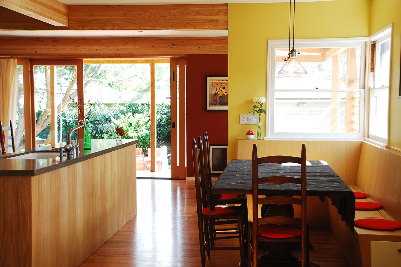 1-bunch-design-pasadena-house-dining-open.jpg