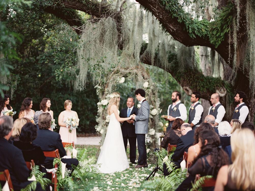 Sun behind bride and groom