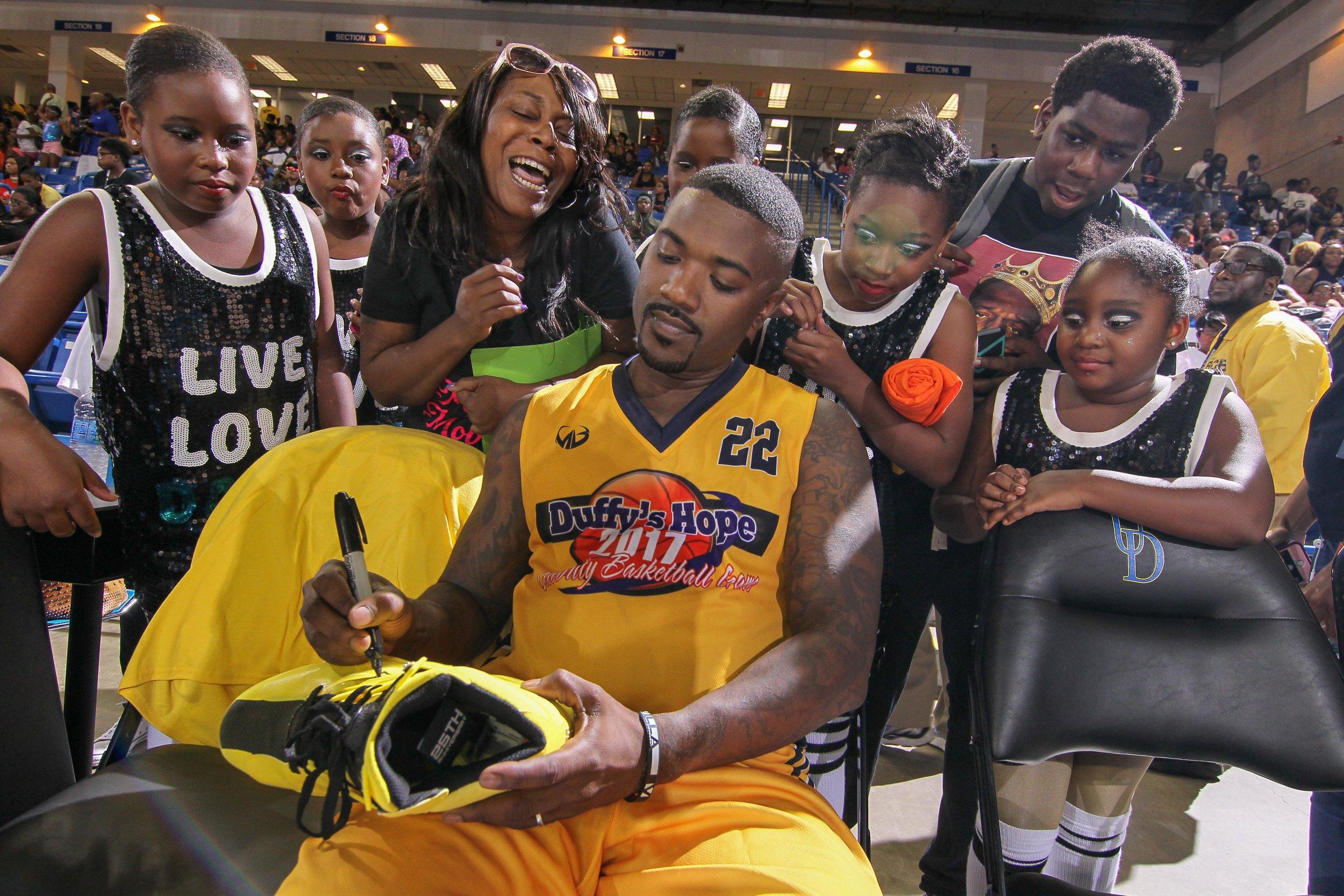 Ray J Giving Fan Love