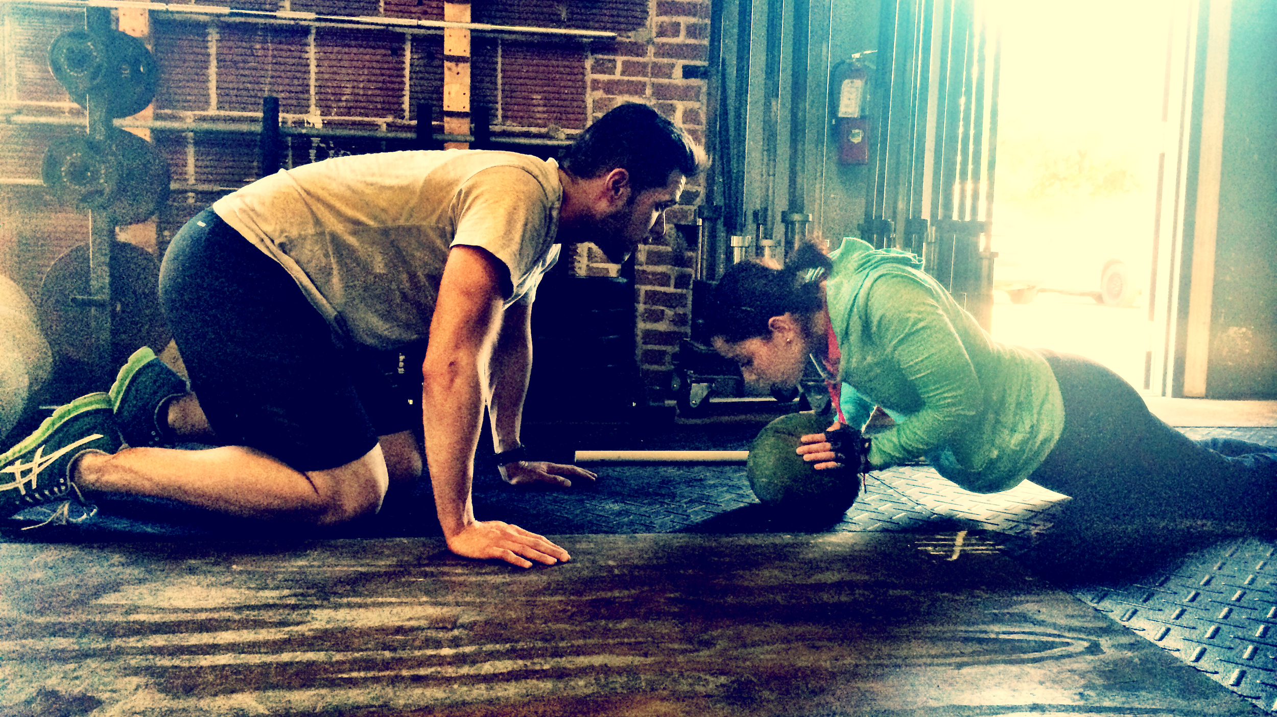 Miguel and Christine during a partner WOD