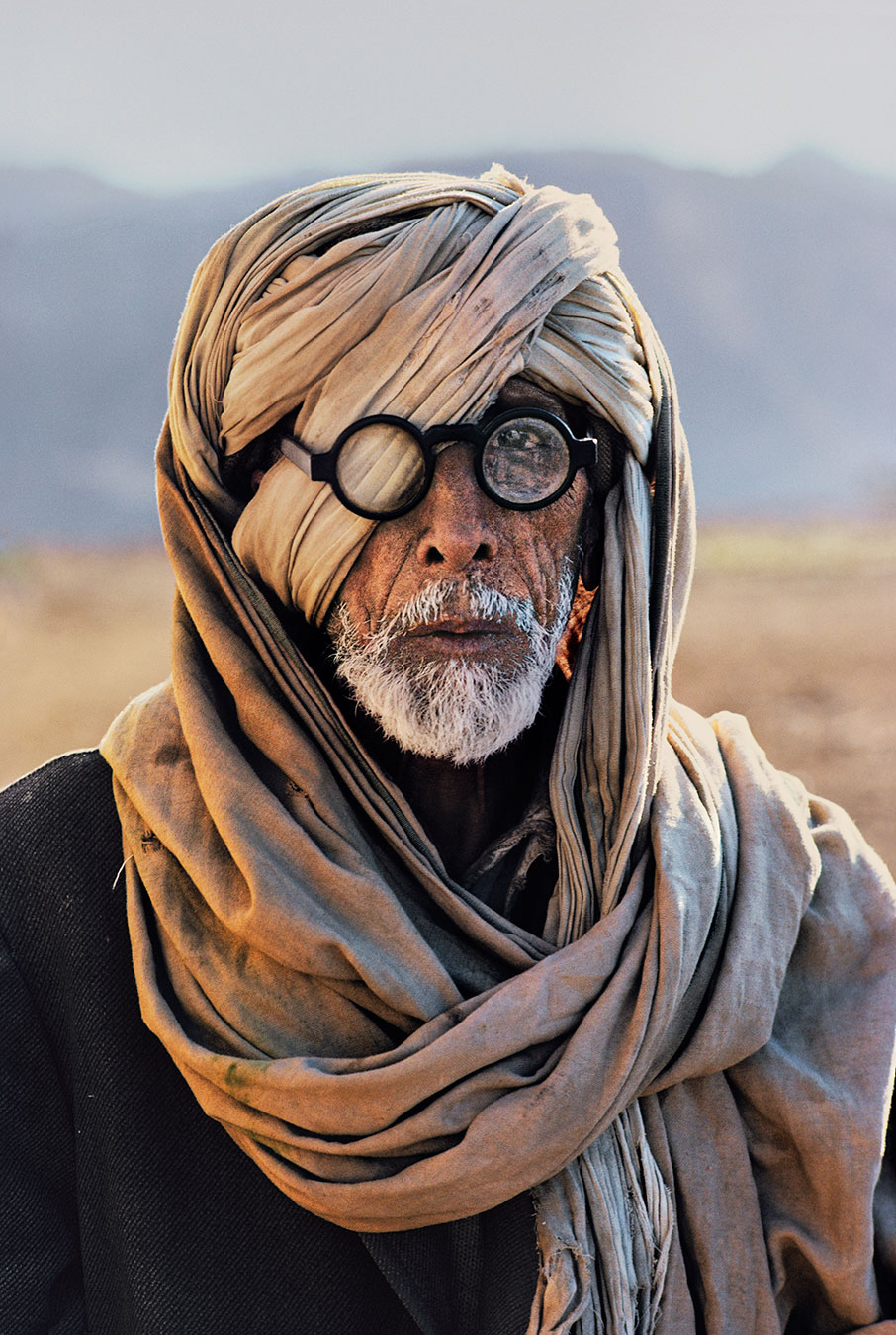 Afghan refugee in Baluchistan, Pakistan.Photo by Steve McCurry.