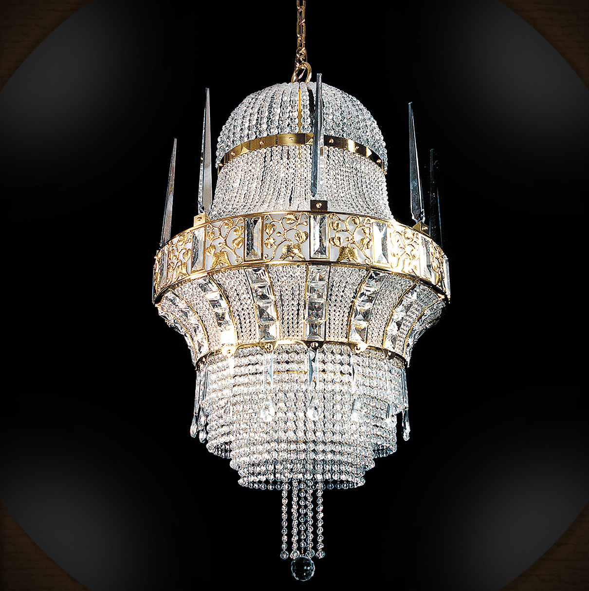 i do not care 4 this chandelier i think it is tacky.