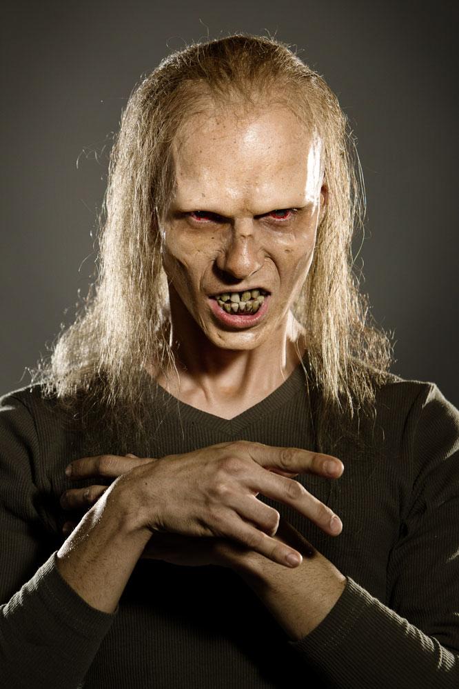 josef rarach - real zombie (i am virus) 1.jpg