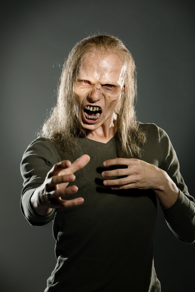 josef rarach - real zombie (i am virus) 2.jpg