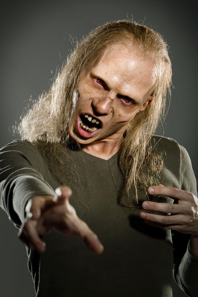 josef rarach - real zombie (i am virus) 3.jpg