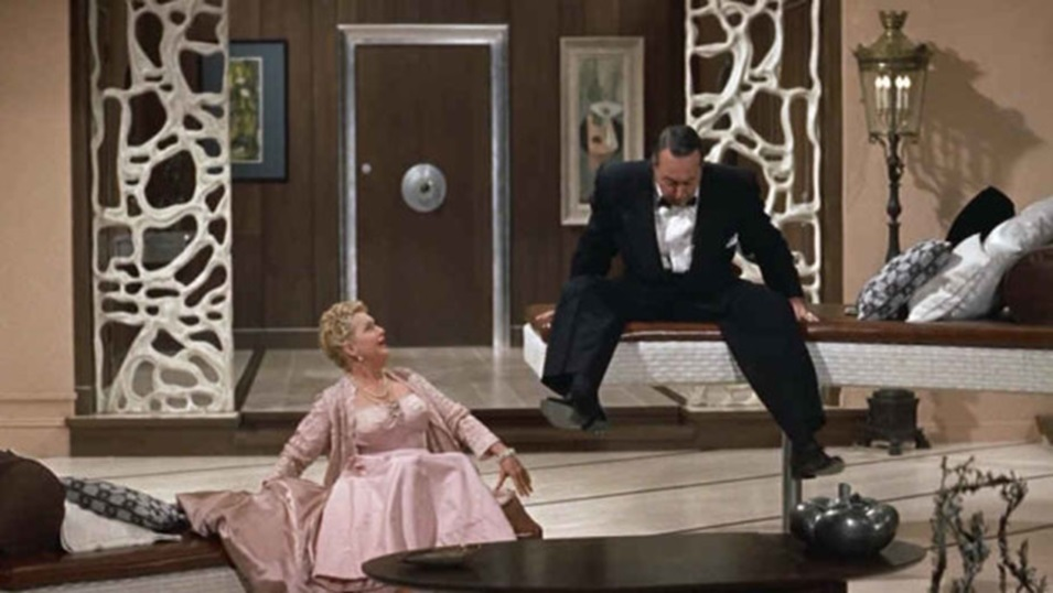 Auntie Mame Living Room 5a.jpg