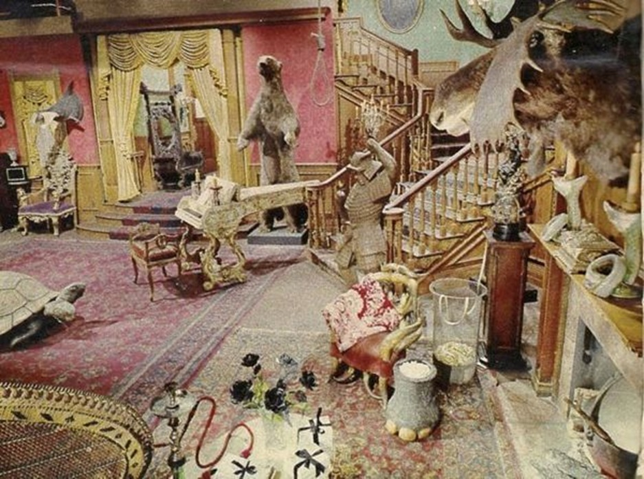 Addams Family 03.jpg
