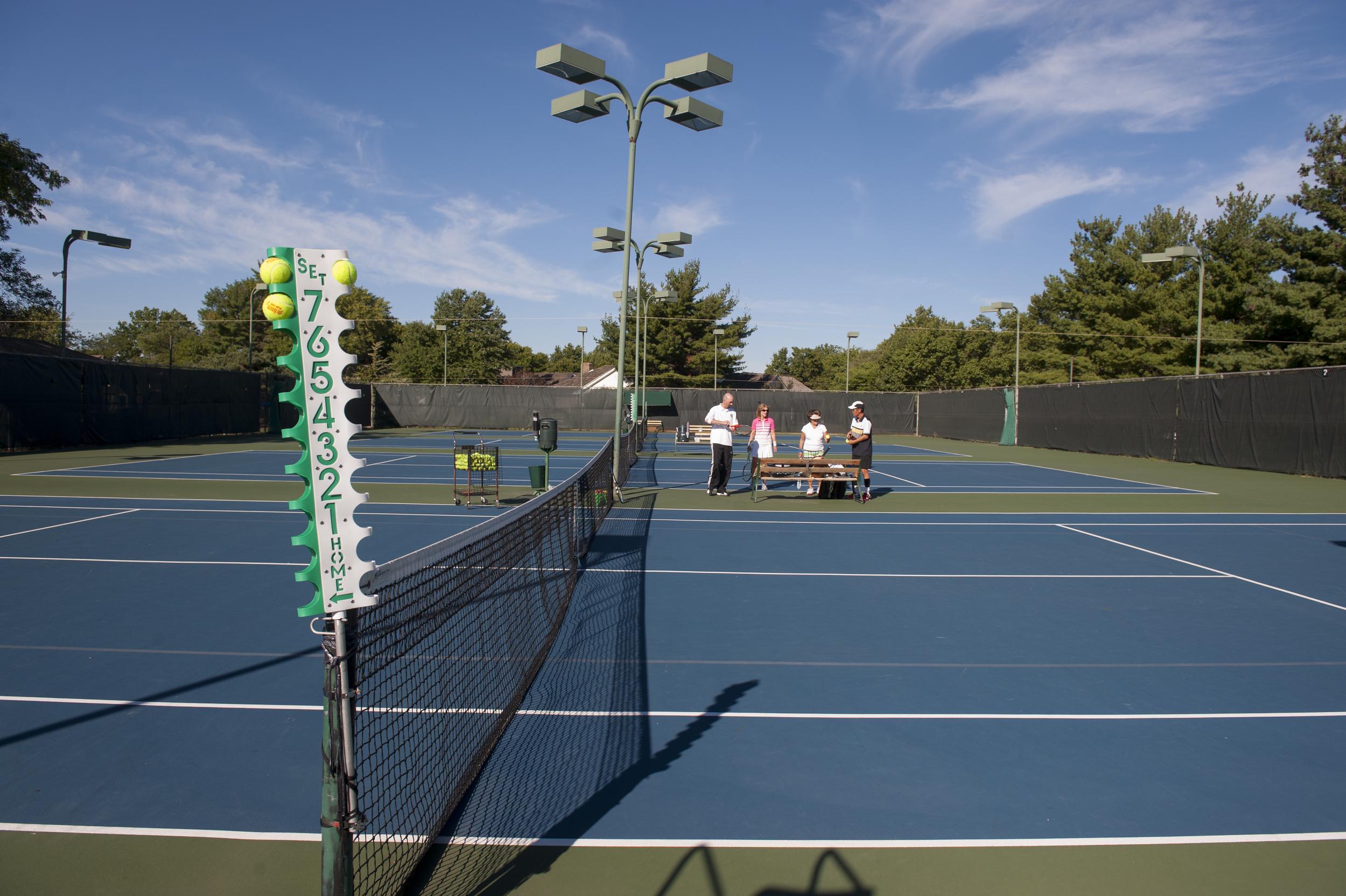 CCMO-Tennis091413_002499 (1).jpg