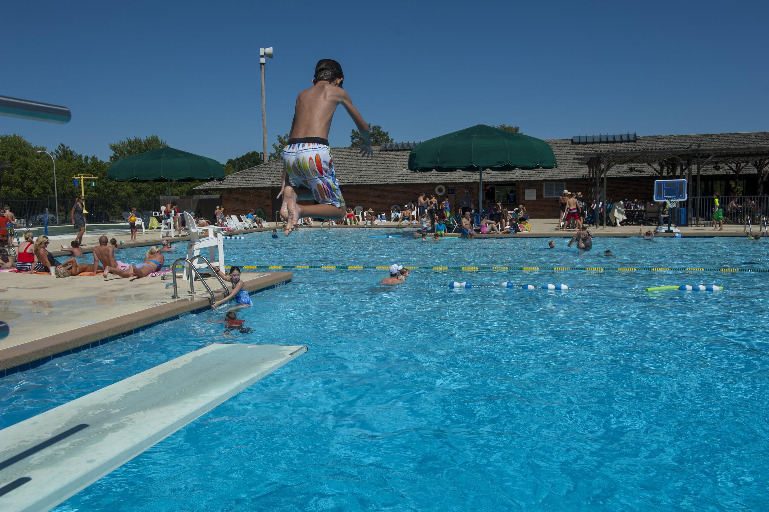 CCMO-Pool090213_003083.jpg