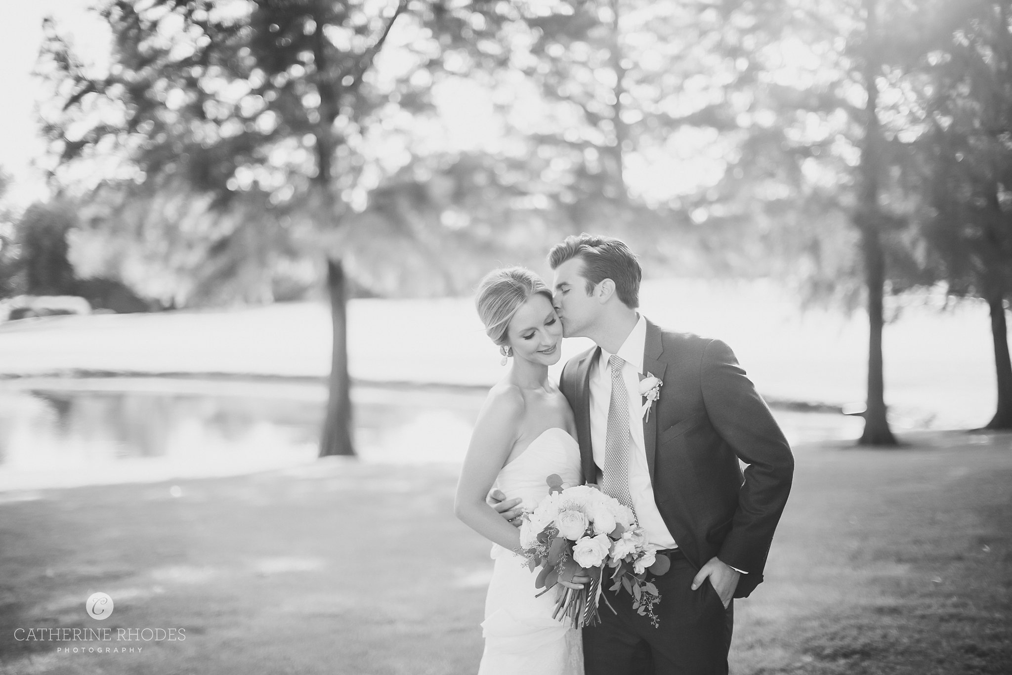 CountryClubofMissouriWedding_ColumbiaMissouriWeddingPhotographer_SaraKevin_CatherineRhodesPhotography-2337-Edit(1).jpg