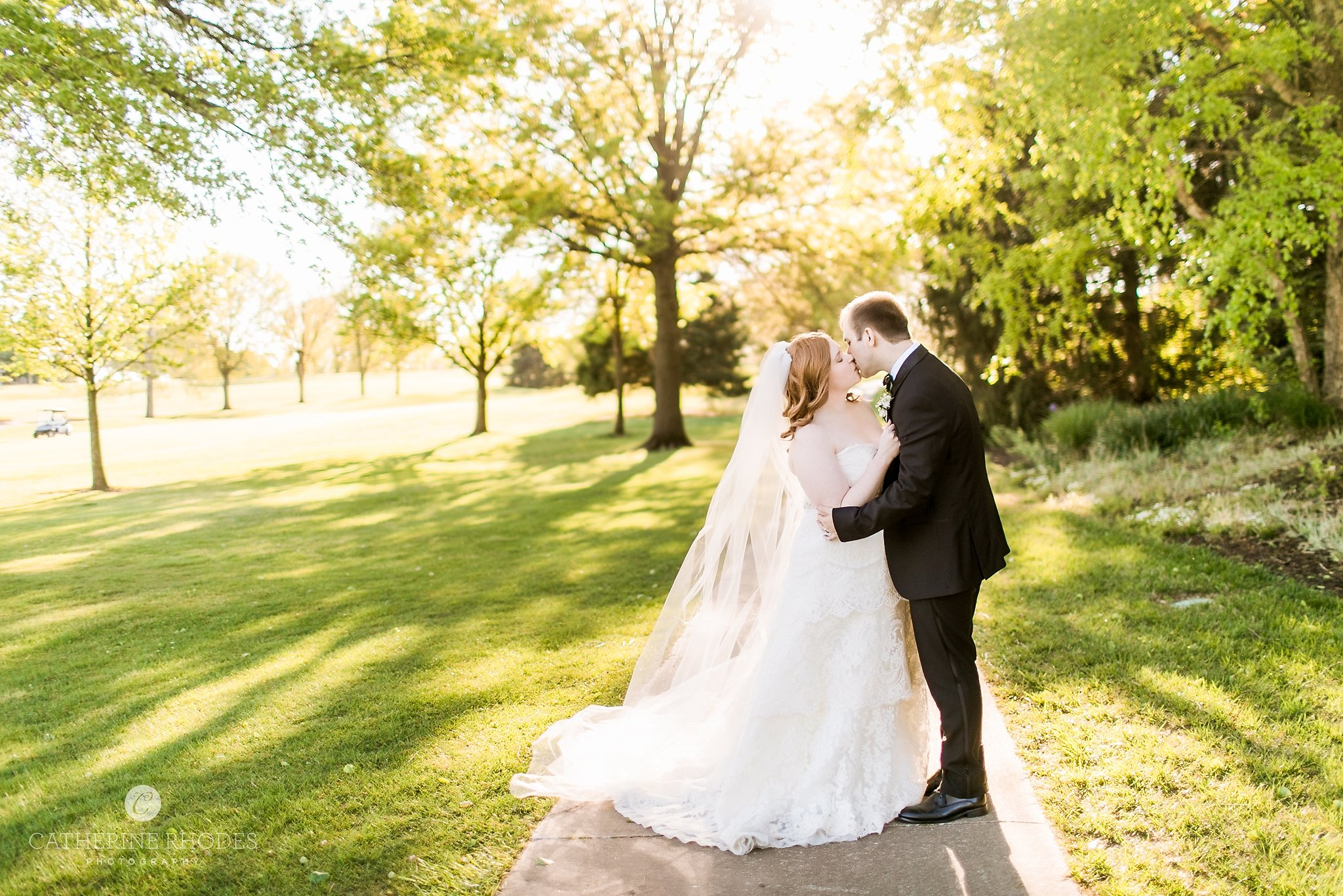 CountryClubofMissouriWedding_ChaeleighKevin_CatherineRhodesPhotography(3806of5078)-Edit-1.jpg