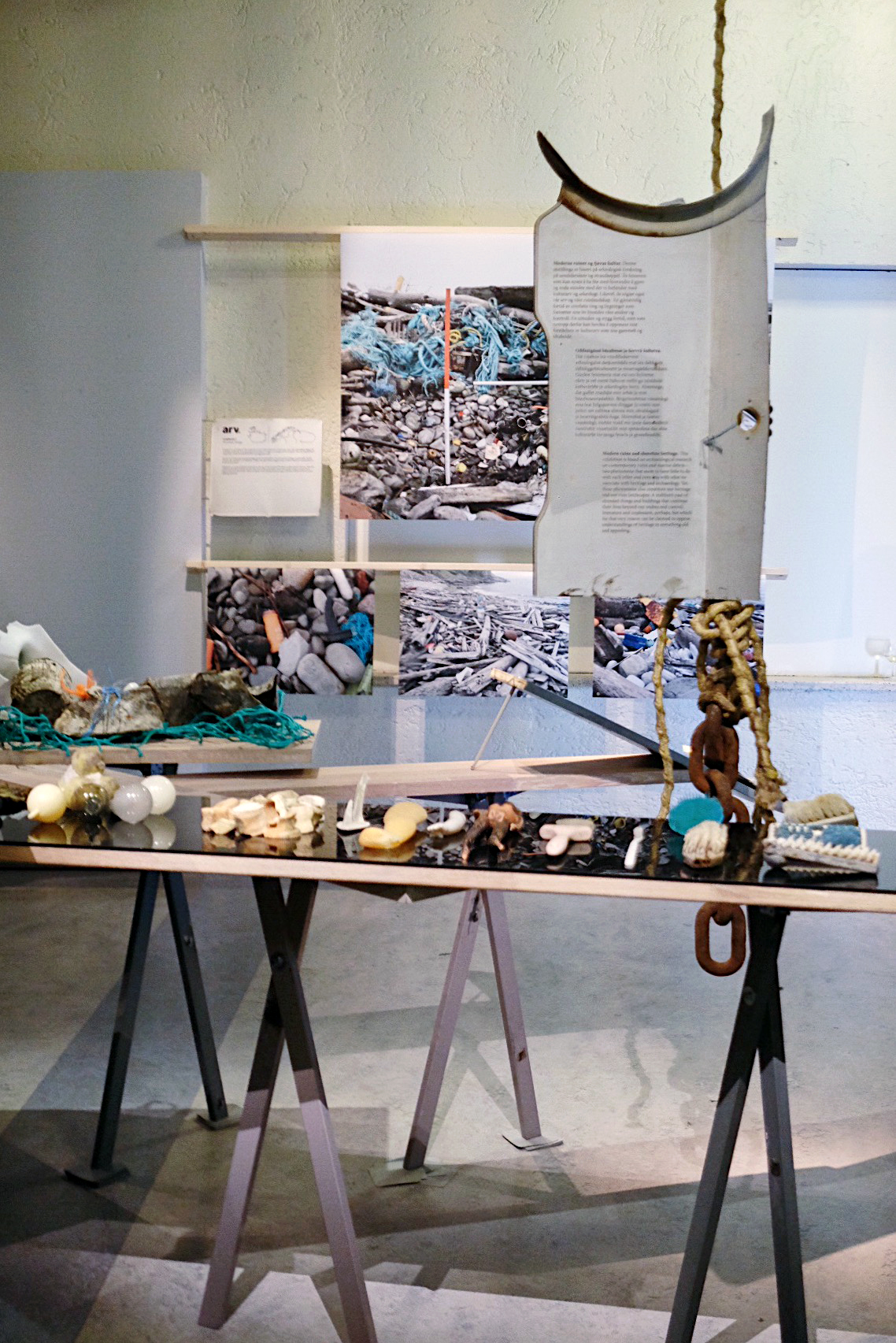 jsigharas-arv-exhibition-04.JPG