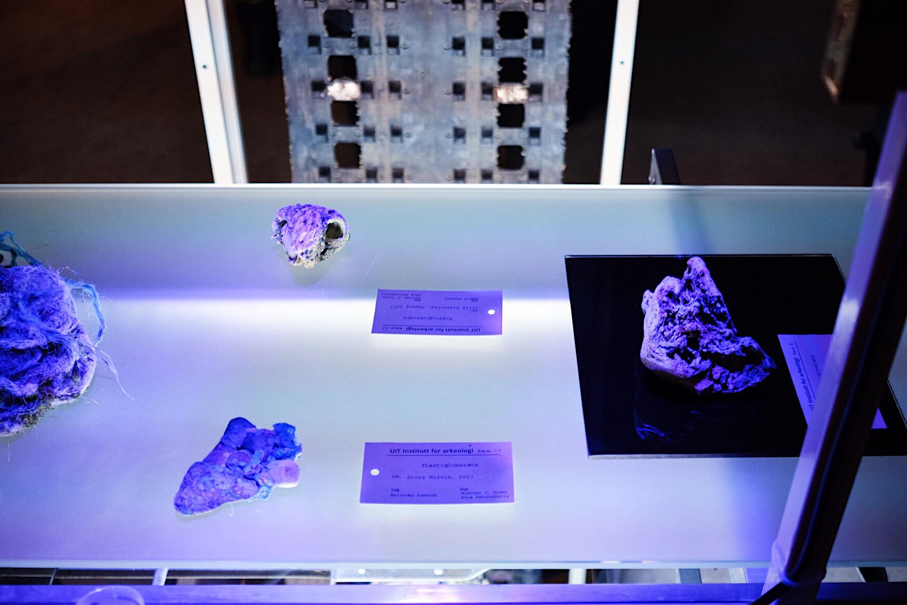 jsigharas-arv-exhibition-42.JPG