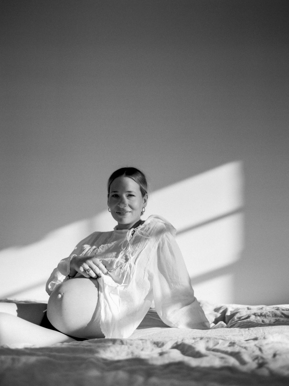 Kylie Mills Photography_SariMaternity_web-6.jpg