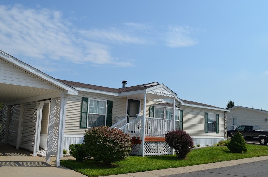 Community Home at Rolling Hills - Battle Creek, Michigan