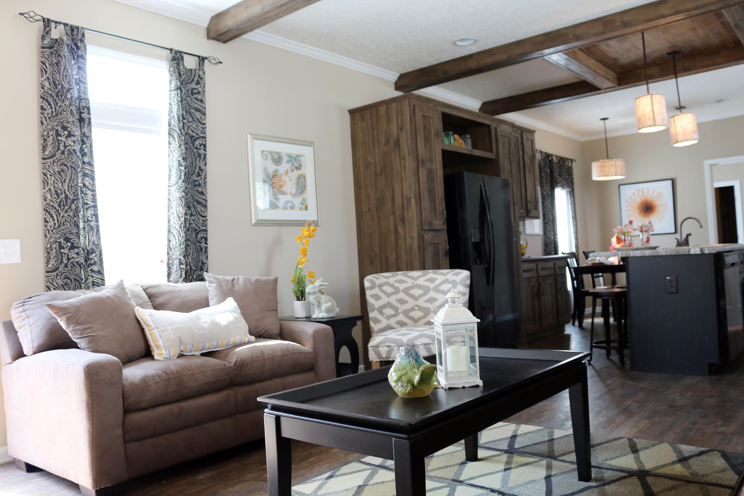 The Holland - Oakwood Homes, Conroe, TX