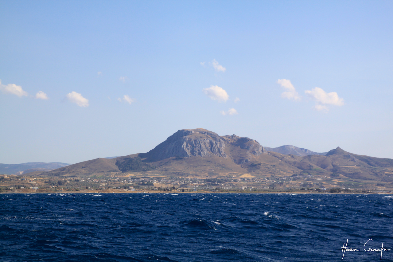 Approach to Corinth