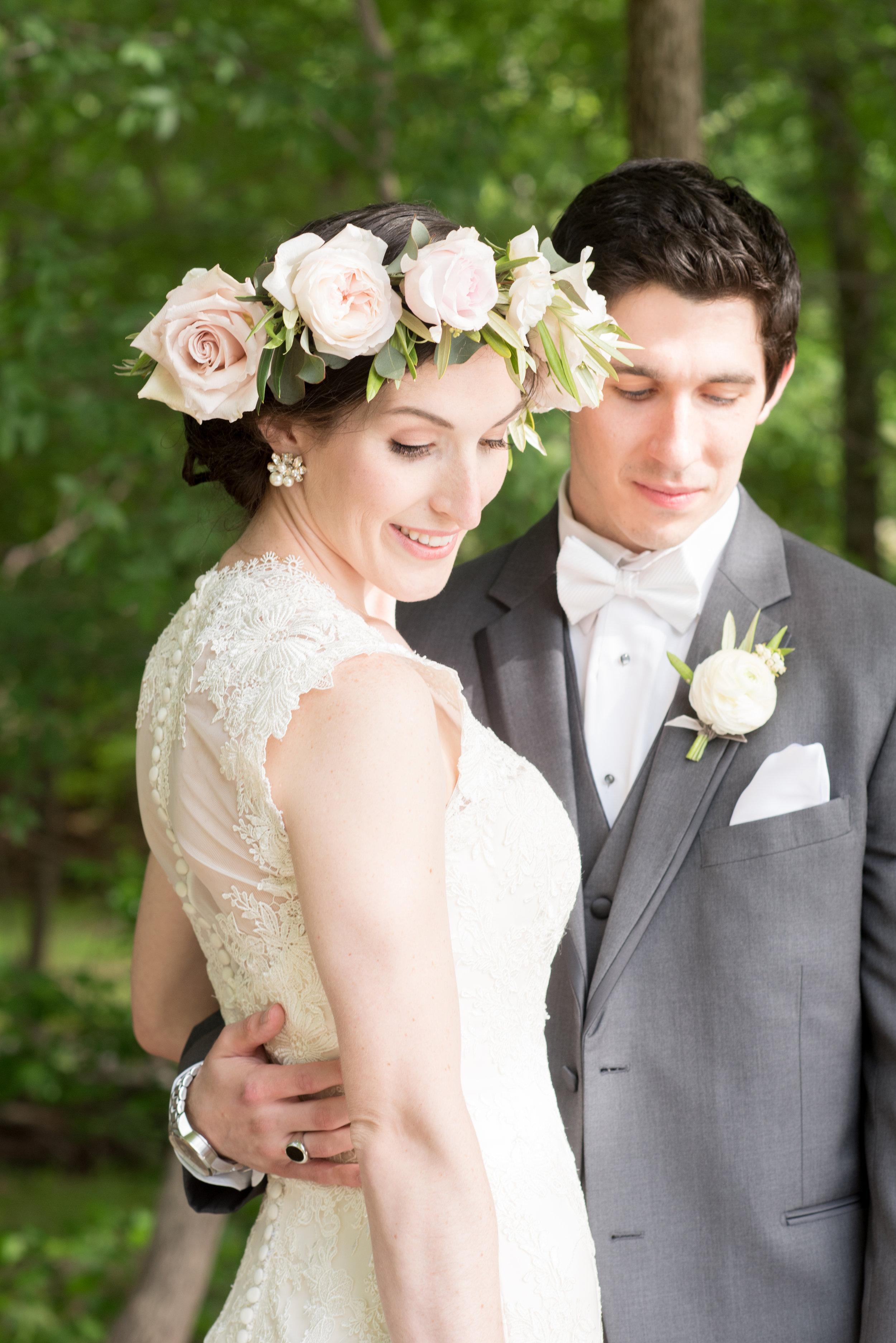 mikkelpaige-annie_vince-bride_groom-077.jpg