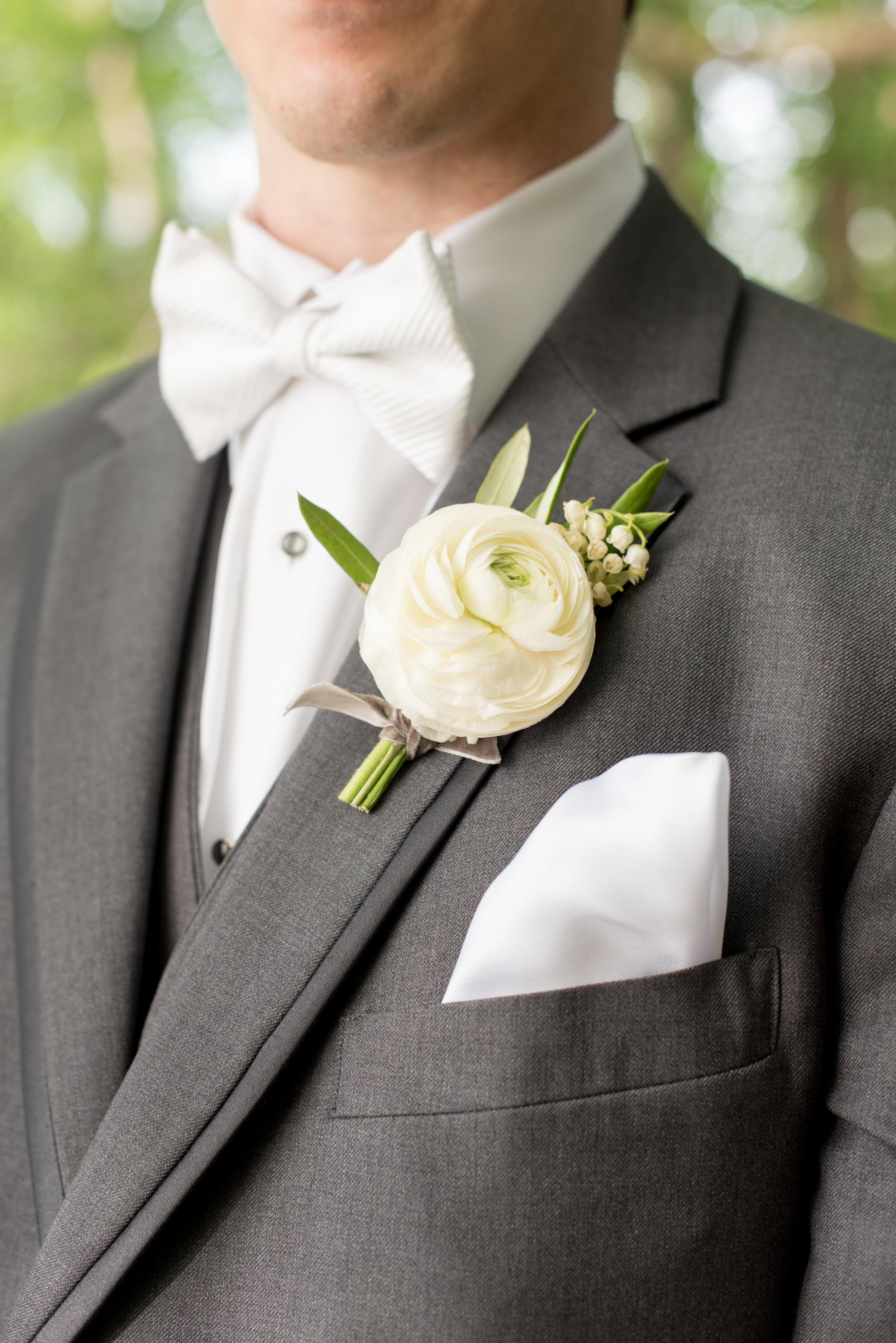 mikkelpaige-annie_vince-bride_groom-102.jpg