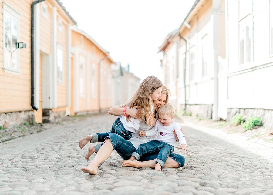 perhekuvaus lapsikuvaus Vanha Rauma (21).jpg