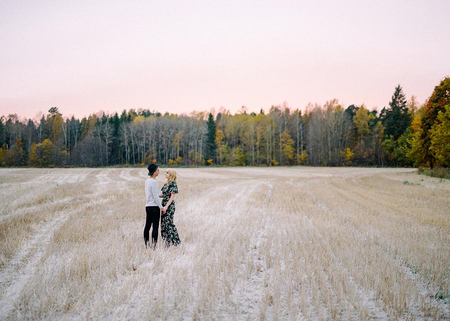 Fine Art Autumn Couple Shoot in Haltiala (17).jpg