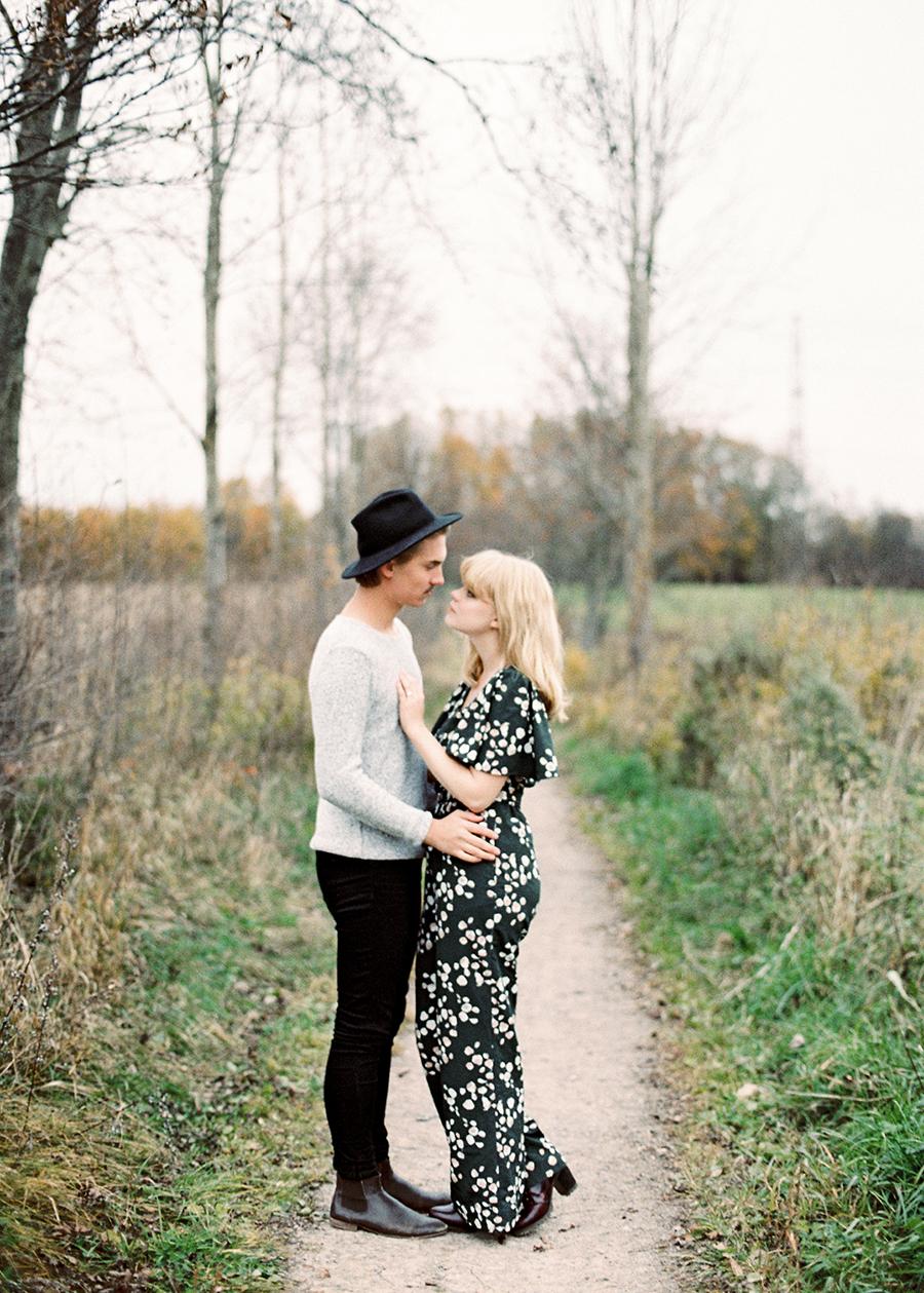 Fine Art Autumn Couple Shoot in Haltiala (32).jpg