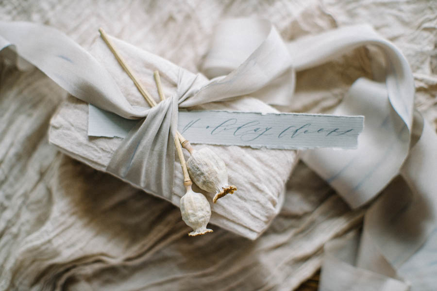 Organic gift wrapping and calligraphy tags (7).jpg