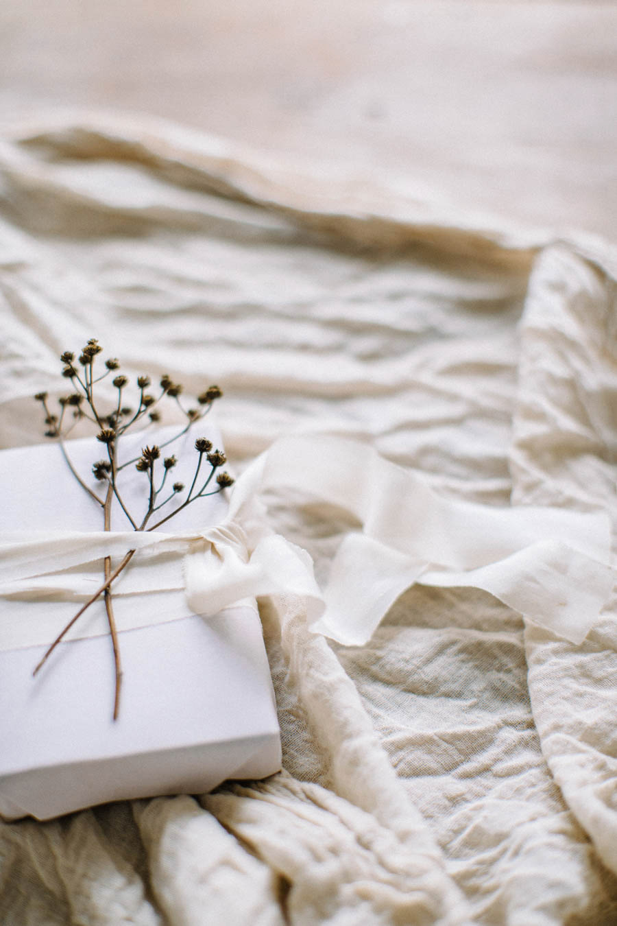 Organic gift wrapping and calligraphy tags (25).jpg