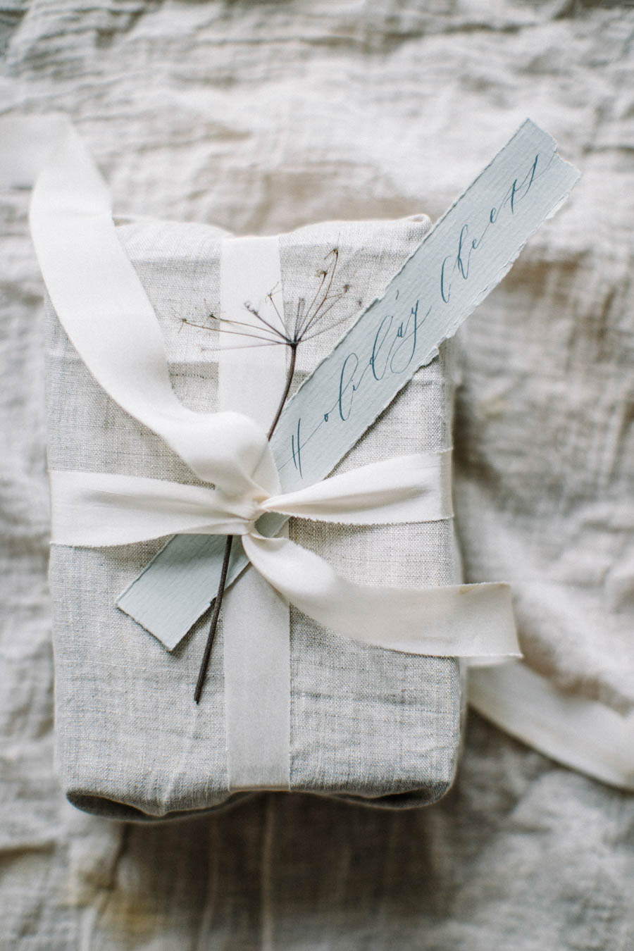 Organic gift wrapping and calligraphy tags (34).jpg
