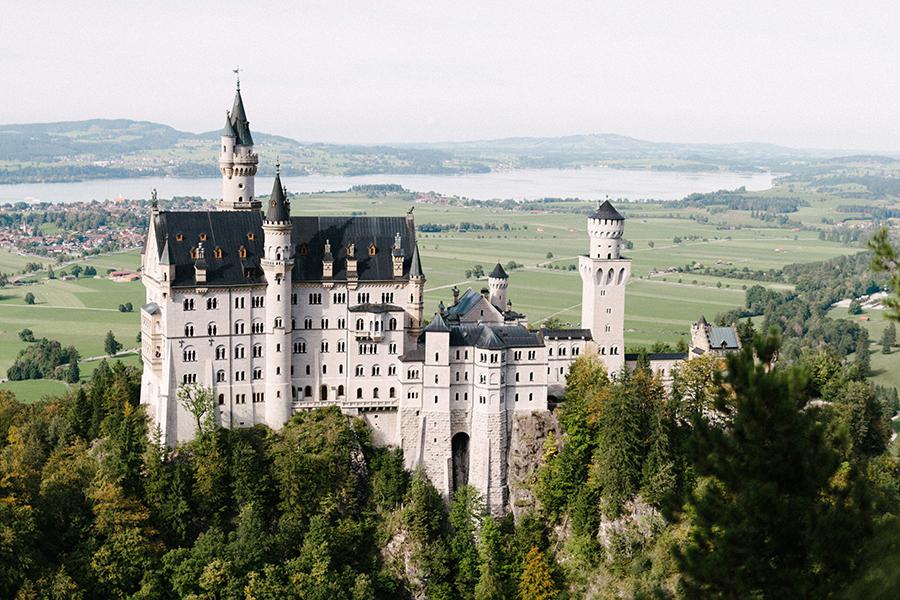 Schloss Neuschwanstein, Castle in Germany (19).jpg
