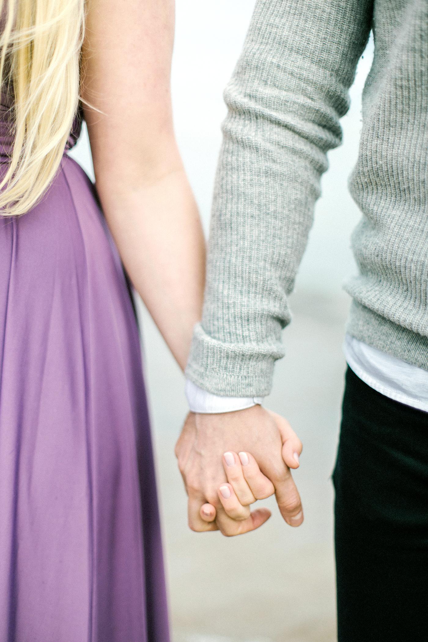 Sari & Mikko - Beach Engagement Couple Shoot in Hanko kihlakuvaus parikuvaus - Susanna Nordvall - Hey Look (12).jpg
