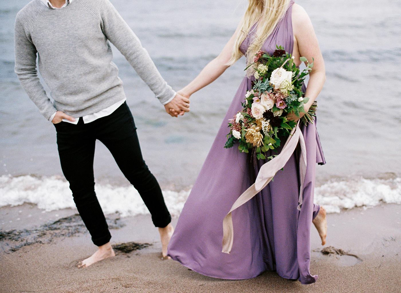 Sari & Mikko - Beach Engagement Couple Shoot in Hanko kihlakuvaus parikuvaus - Susanna Nordvall - Hey Look (29).jpg