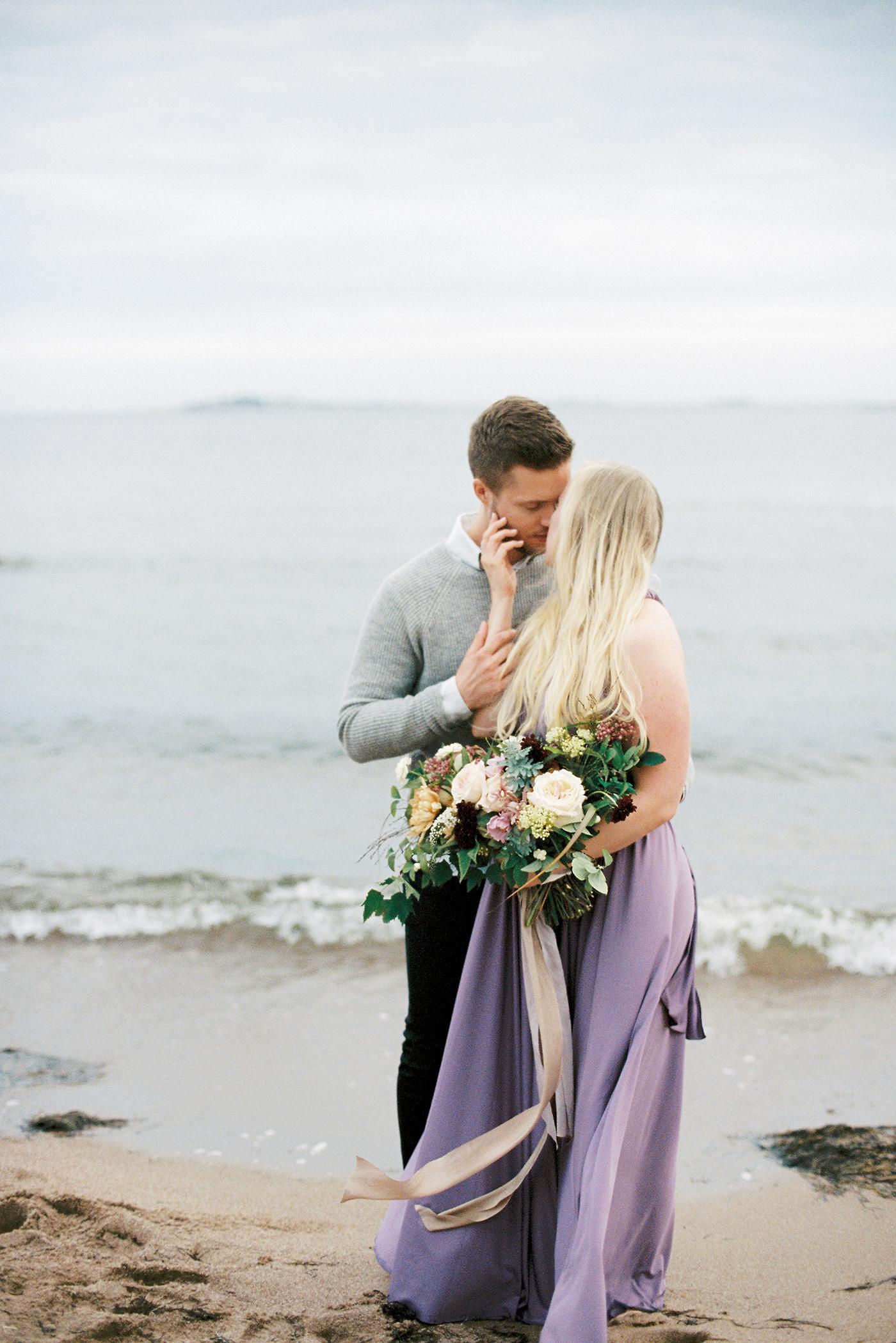 Sari & Mikko - Beach Engagement Couple Shoot in Hanko kihlakuvaus parikuvaus - Susanna Nordvall - Hey Look (35).jpg