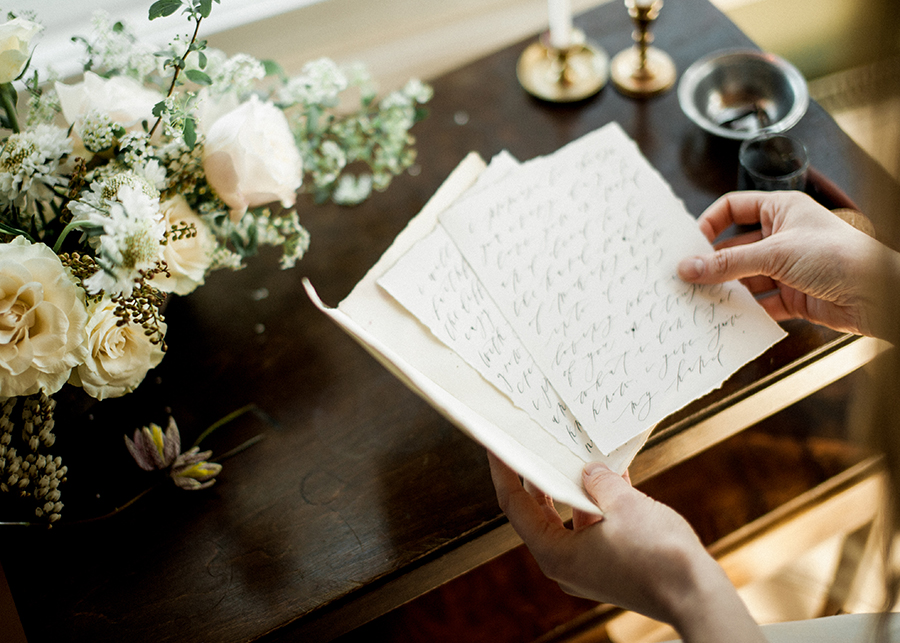 Romantic Bridal Boudoir Morsian Huomenlahja (5).jpg