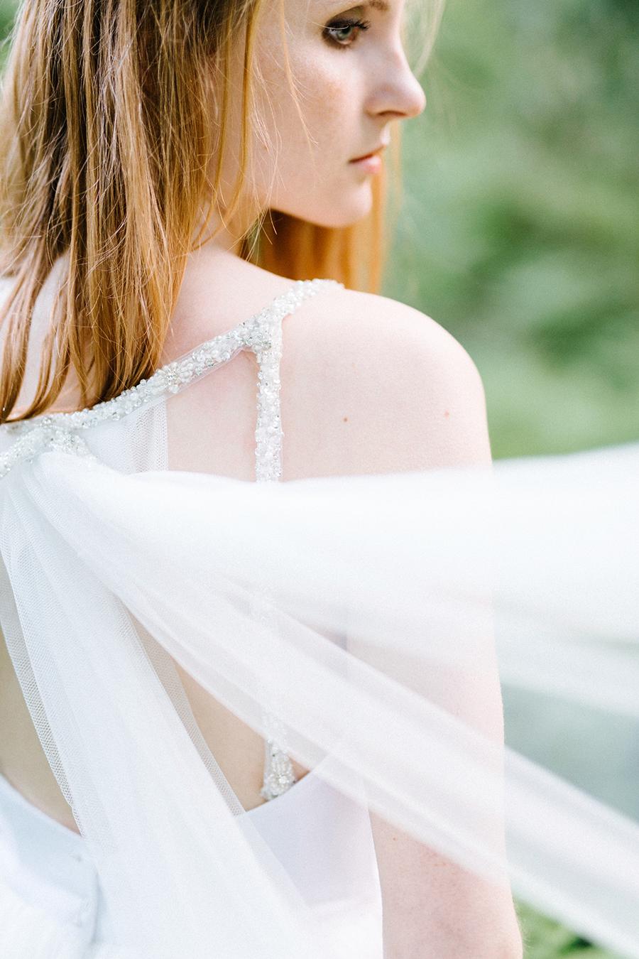 Woodsy Bridal Boudoir Morsian Huomenlahjakuvaus (9).jpg