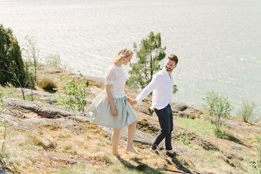 Windy couple shoot in Naantali Parikuvaus Naantalissa (14).jpg
