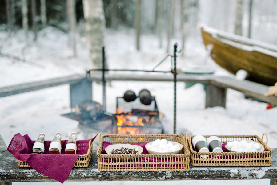 Romany and Juho's surprise winter wedding at Evon Luonto, talvihäät (3).jpg