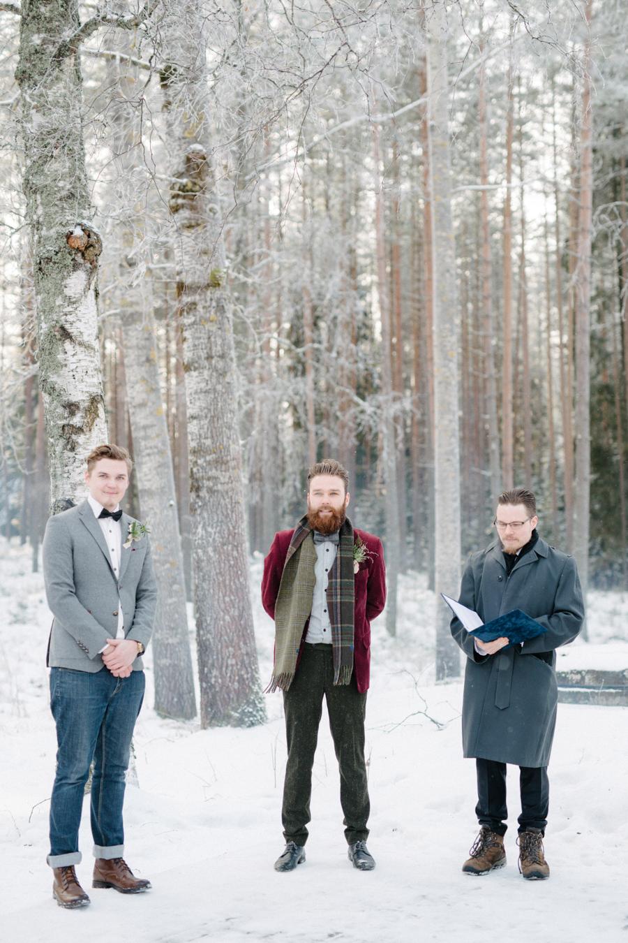 Romany and Juho's surprise winter wedding at Evon Luonto, talvihäät (16).jpg
