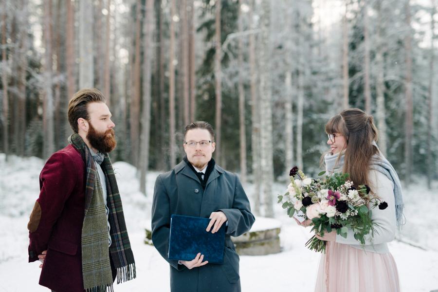 Romany and Juho's surprise winter wedding at Evon Luonto, talvihäät (20).jpg