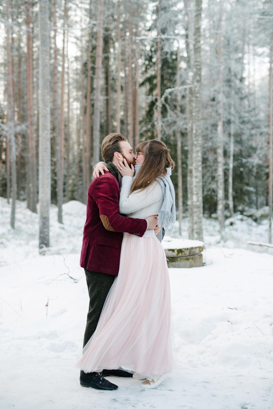 Romany and Juho's surprise winter wedding at Evon Luonto, talvihäät (27).jpg
