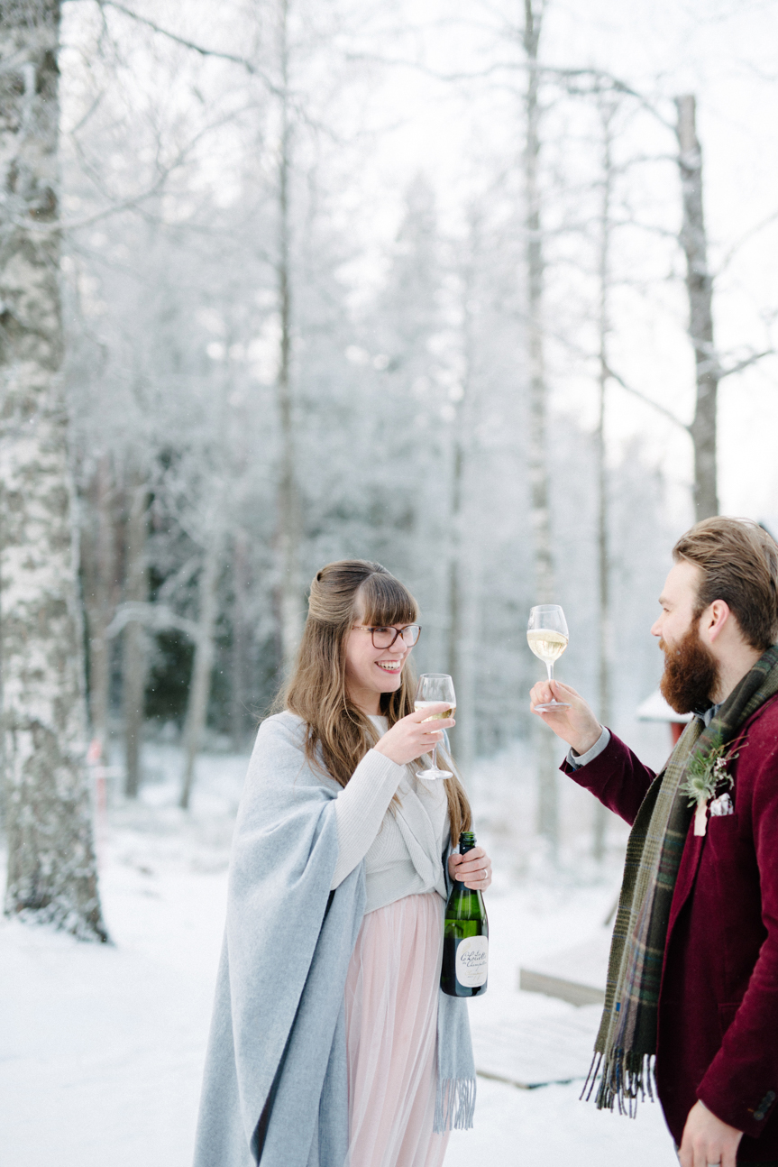Romany and Juho's surprise winter wedding at Evon Luonto, talvihäät (33).jpg