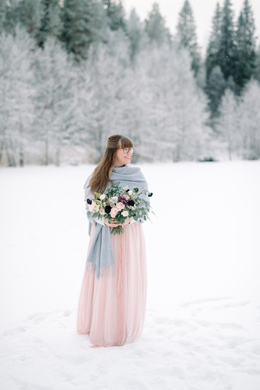 Romany and Juho's surprise winter wedding at Evon Luonto, talvihäät (45).jpg