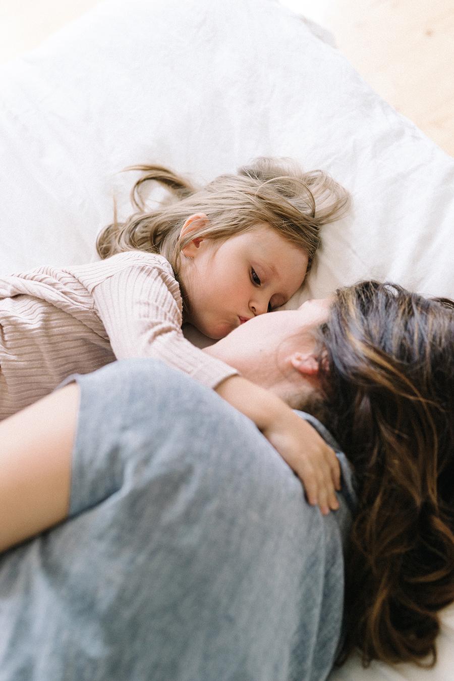 Photographer's maternity shoot, odotusajankuvausmother and daughter (20).jpg