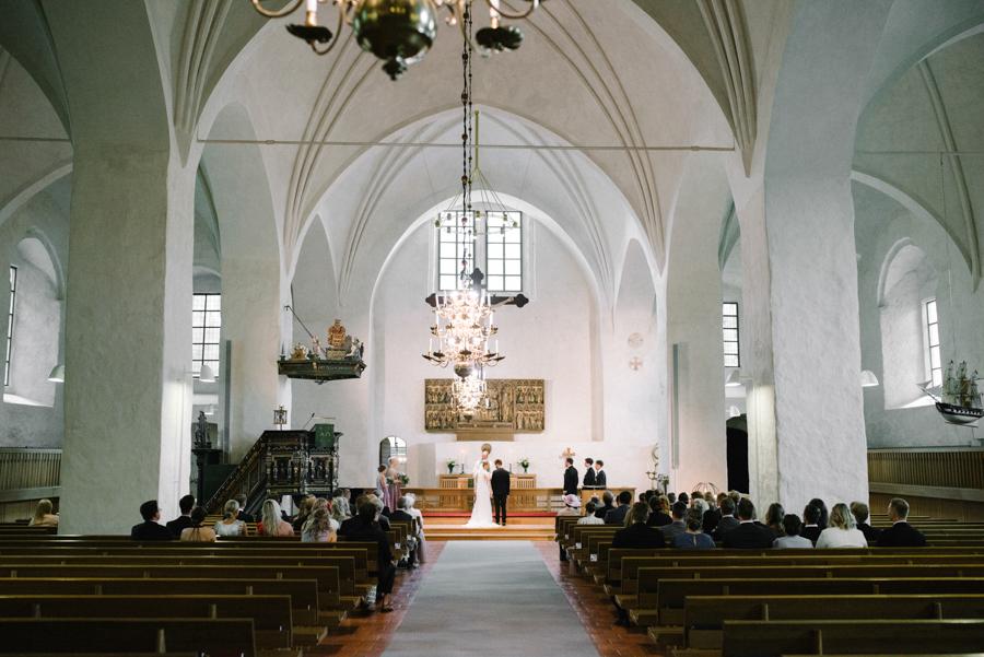 Anni&Karri's Seaside wedding at Ruissalon Telakka, Veneveistämö, Turku Hääkuvaus (29).jpg