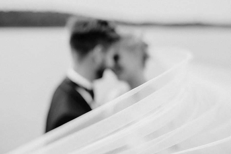 Anni&Karri's Seaside wedding at Ruissalon Telakka, Veneveistämö, Turku Hääkuvaus (51).jpg