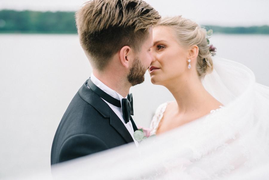 Anni&Karri's Seaside wedding at Ruissalon Telakka, Veneveistämö, Turku Hääkuvaus (53).jpg