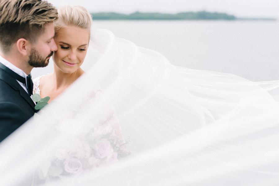 Anni&Karri's Seaside wedding at Ruissalon Telakka, Veneveistämö, Turku Hääkuvaus (57).jpg